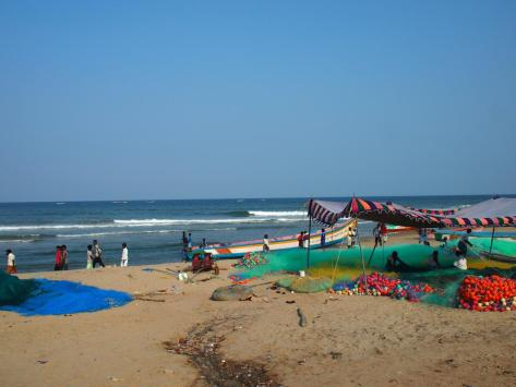 Fisherman dominate the beaches of Mahabalipuram