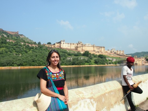 the massive Amber Fort/Palace complex up in the distance