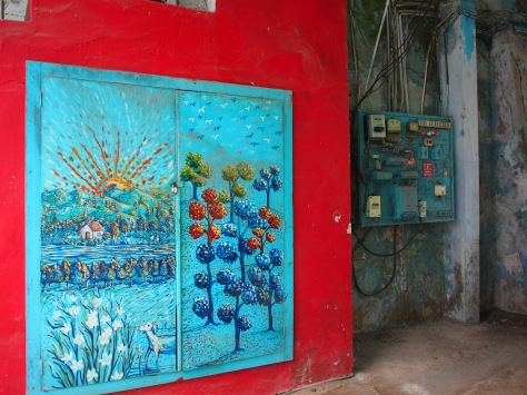 The port area of Mattancherry is a funky part of town.  Colorful streets and alleyways.