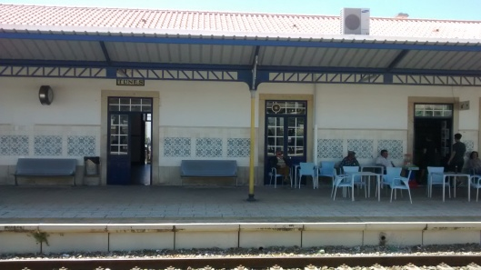 A layover in southern Portugal, near the Algarve coast provided ample time to sit at this small train station.  I enjoyed watching this group of friends, who apparently just come to the train station to sit and chat and watch people coming and going - made me nostalgic for my beloved Nemaha.